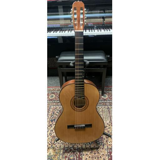 Ramon Classical Guitar - Pre-Owned